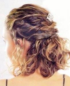 30 peinados para bodas de novia e invitada que triunfan en