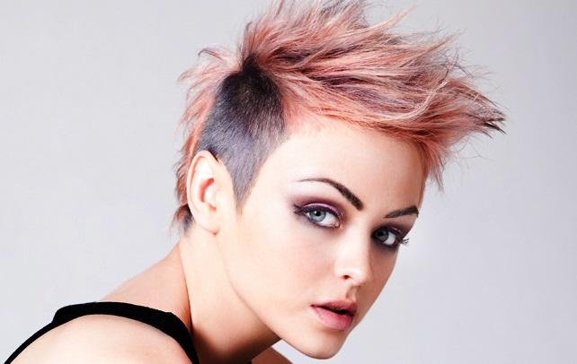 Peinado punk tintes