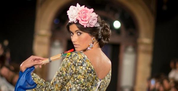 semirecogido lateral peinados flamencos