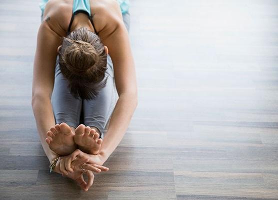 peinado moño yoga o baile