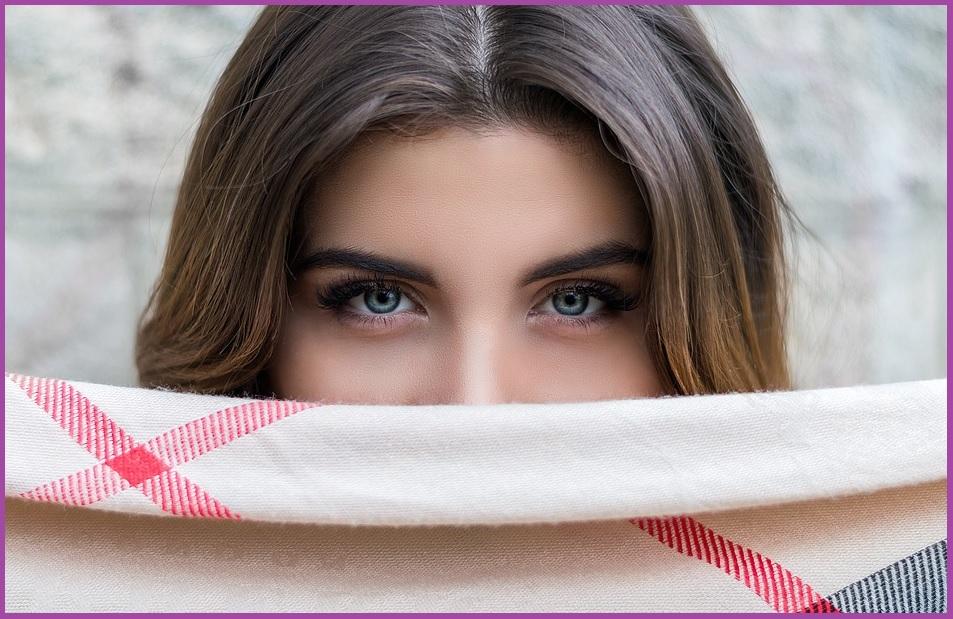 Cómo lucir unas Cejas Perfectas. Trucos y Consejos Fáciles