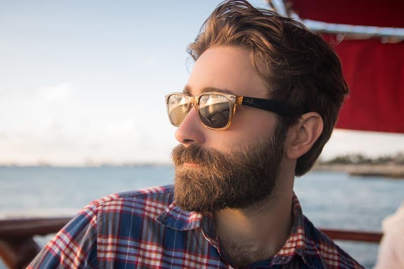 cuidar tu barba desde casa peinadosde10